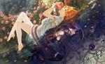 Обои Светлая девушка с яблоком, лежащая на поверхности воды, и темная девушка, лежащая под водой, обвитые змеей