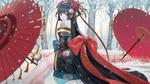 Обои Девушка в красивом кимоно сидит на снегу на фоне ликорисов и зимних деревьев, рядом два зонта