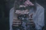 Обои Девушка с розами в руках, by IrinaJoanne