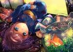 Обои Девочка в кимоно лежит в комнате на татами рядом аквариум с золотой рыбкой