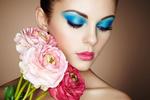 Обои Портрет красивой девушки с цветами, фотограф Олег Гекман
