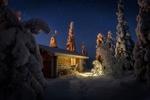 Обои Лесная избушка под сводом звезд зимой, Finland / Финляндия, фотограф Пашеничев Александр