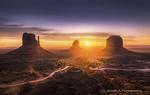 Обои Яркое солнце над горными образованиями, by Simon W Xu