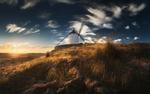 Обои Белая ветряная мельница на холме в свете низкого солнца, Испания, фотограф Даниил Коржонов
