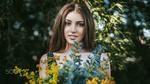 Обои Модель Мария с цветами, фотограф Антон Харисов