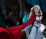 Обои Серый волк в темном лесу смотрит на девушку в белом платье и красной накидке, by Cecilia G. F
