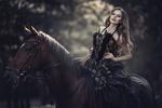 Обои Модель Валентина Чижова на лошади. Фотограф Алина Мур