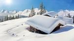 Обои Заснеженные деревянные домики в горах под ярким солнцем в голубом небе, автор mRGB