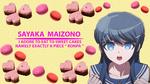 Обои Персонаж Саяка айзоно / Sayaka Maizono из аниме школа отчаяния / Danganronpa (I adore to eat to sweet cakes namely exactly a piece ronpa / я обожаю кушать сладкие пироженые а именно конкретно этот кусок отчаяния) на бледно-желтом фоне вокруг нее пирожные сердца и макаруны