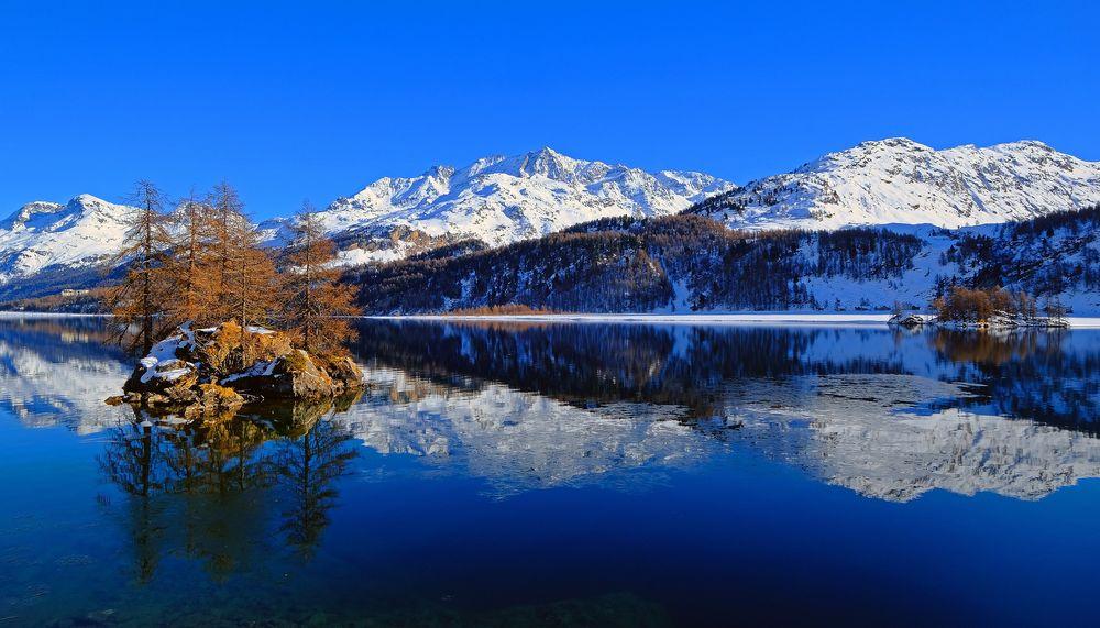 Обои для рабочего стола Горное озеро Bergsee / Бергзее зимой, Switzerland / Швейцария