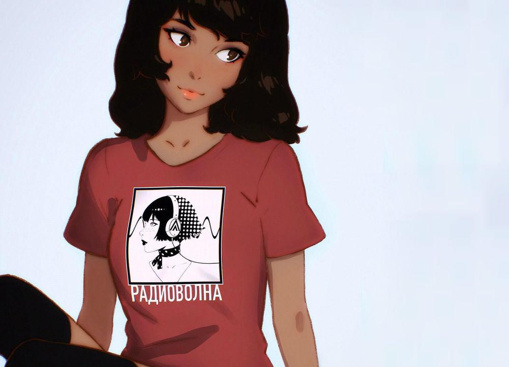 Обои для рабочего стола Девушка в футболке с надписью - ридиоволна, by Илья Кувшинов