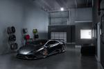 Обои Серый Lamborghini Huracan LP610-4 Carbon Fiber Body в автосалоне