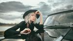 Обои Девушка в шляпе стоит у авто, by Andrew Vasiliev