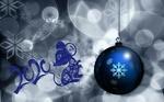 Обои Новогодний шар со снежинкой на фоне боке и символ 2020 года-мышка