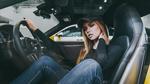 Обои Модель Мария Васильева сидит в авто, фотограф Anton Harisov