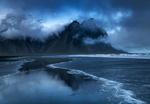 Обои Гора Vestrahorn / Вестрахорн в облаках, by Rajiv Ranjan Sinha