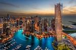 Обои Красивый город Dubai / Дубай на фоне моря и неба и катеров на воде, вид с высоты птичьего полета