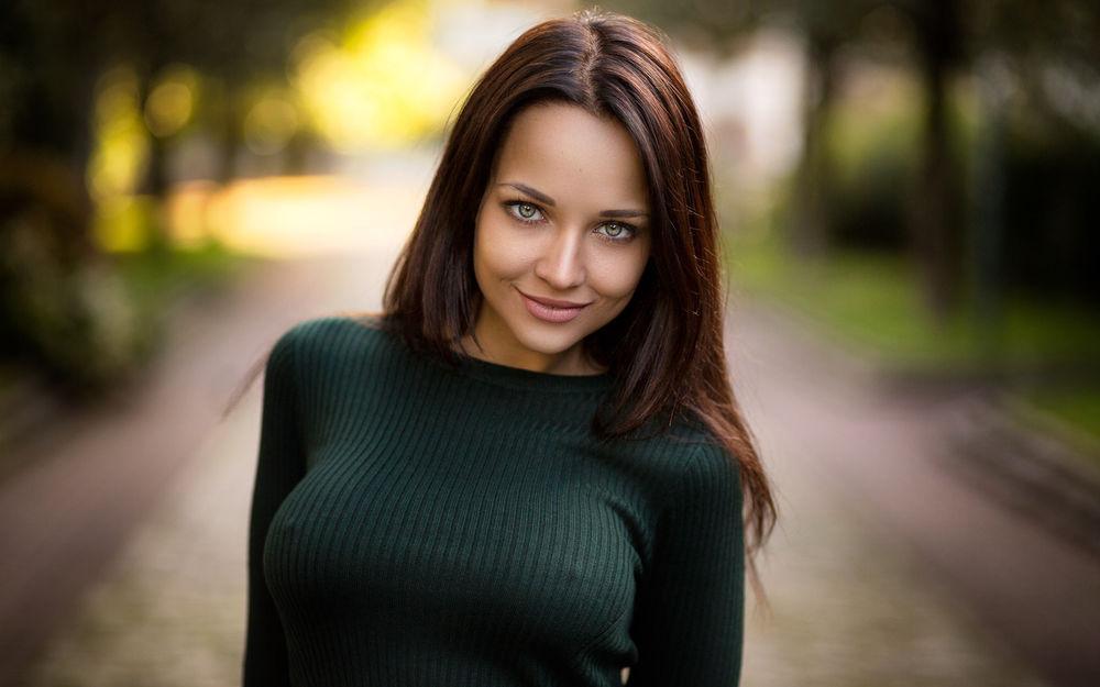 Ангелина петрова фото девушки за работой выпуск 17
