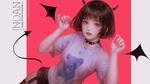 Обои Темновлосая девушка в футболке с плюшевым мишкой, с подрисованными демоническими рожками, крыльями и хвостом, на розовом фоне, by Shal. E (NOAN)