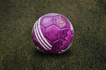 Обои Футбольный мяч на поле, by fernando zhiminaicela