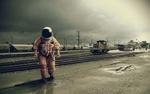 Обои Астронавт ходит по железнодорожной станции