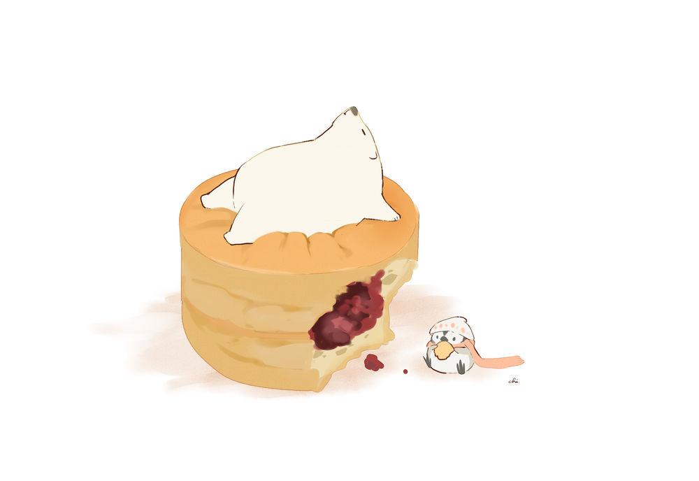 Обои для рабочего стола Белый мишка лежит на фруктовом кексе, рядом стоит пингвин