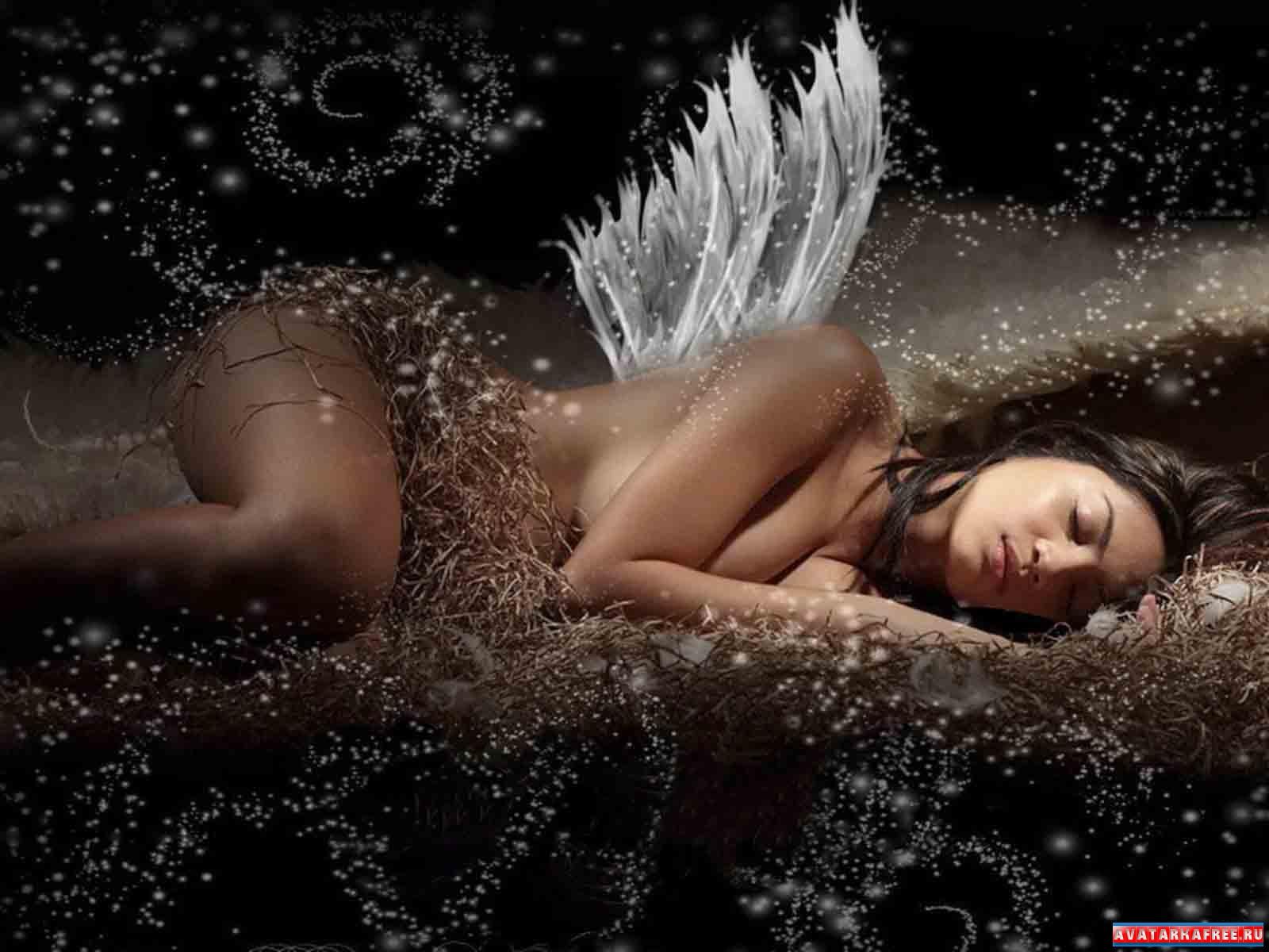 Спящая и голая девочки 18 фотография