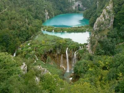 Фото Фотографии Озеро Plitvice, Хорватия (© perezz), добавлено: 02.07.2010 09:29