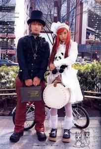 Фото Японский стиль: Готик и Лолита