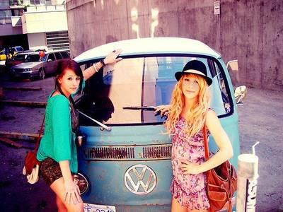 Фото 2 девушки