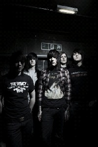 Фото Bring Me The Horizon (© The_Exhausted_End), добавлено: 14.08.2010 00:50