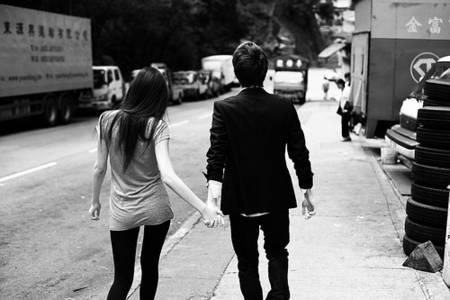 Фото Девушка и парень идут держась за ручку (© Юки-тян), добавлено: 22.08.2010 08:28