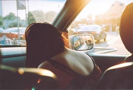 Фото Девушка в машине (© Юки-тян), добавлено: 16.09.2010 18:09