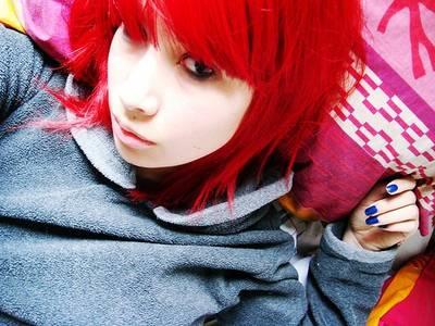 Фото Красные волосы (© Юки-тян), добавлено: 08.10.2010 19:44
