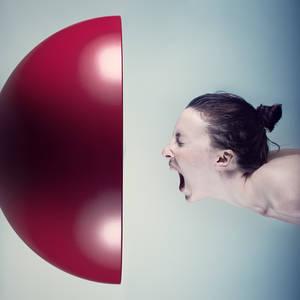 Фото девушка орет (© Louise Leydner), добавлено: 11.10.2010 13:03