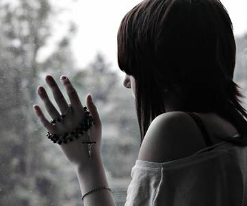 Фото девушка у окна (© Louise Leydner), добавлено: 11.10.2010 13:04