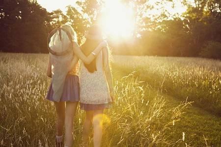 Фото Девушки в поле (© Юки-тян), добавлено: 24.10.2010 11:13