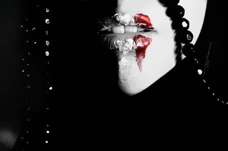 Фото губы (© Louise Leydner), добавлено: 27.10.2010 11:07