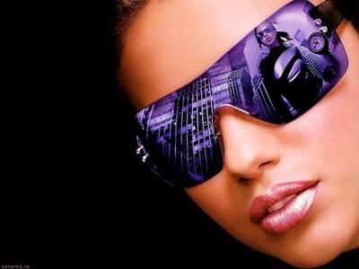 Фото девушка в фиолетовых очках (© Louise Leydner), добавлено: 28.10.2010 15:52