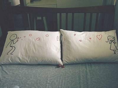Фото рисунок на подушках