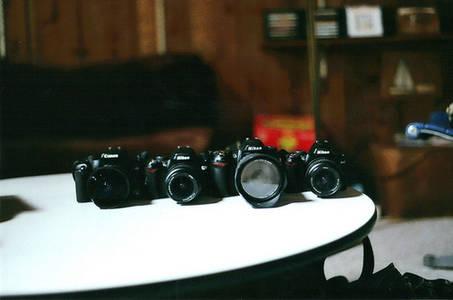 Фото фотоаппараты (© Louise Leydner), добавлено: 29.10.2010 21:19