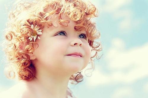Тэги дети милые небо цветы