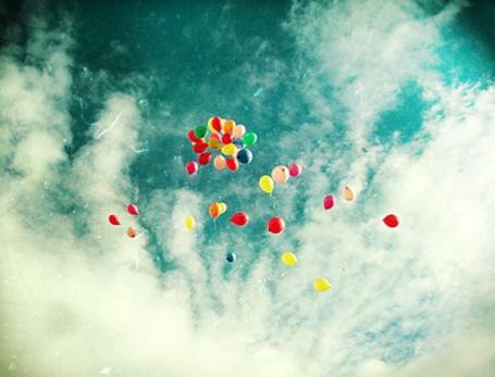 Фото Шары в небе (© Юки-тян), добавлено: 05.11.2010 13:02