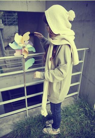 Фото Девушка и вертушка
