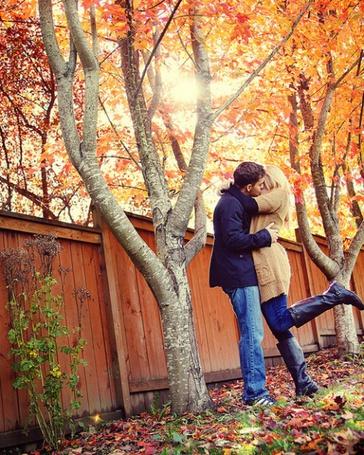 Фото Осень. Девушка и парень (© Юки-тян), добавлено: 18.11.2010 15:58