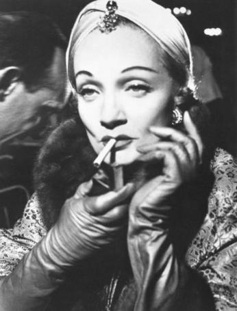 Фото Марлен Дитрих. Париж, Ритц август 1955