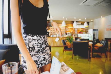 Фото Девушка в кафе (© Юки-тян), добавлено: 21.11.2010 12:24