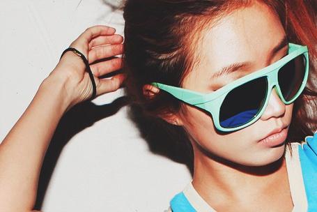 Фото Девушка в очках (© Юки-тян), добавлено: 23.11.2010 16:02