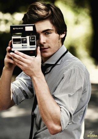 ���� ��� ����� / Zac Efron � ������������� Polaroid
