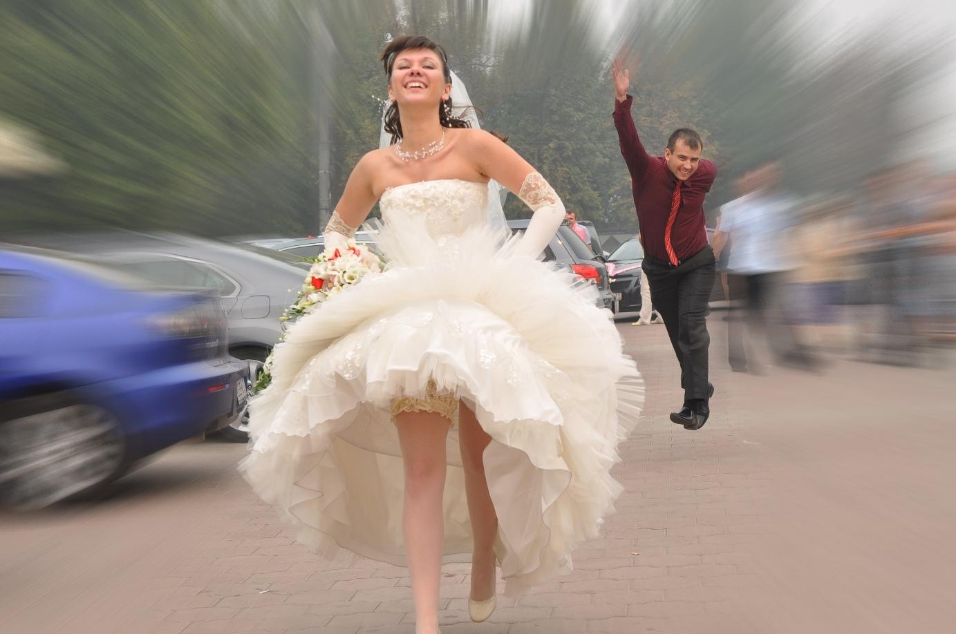 Фото невеста убегает с другим 13 фотография